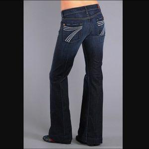 7FAM dojo white stitch wide leg jeans 27